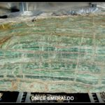 onice-smeraldo-vein-cut-1.jpg